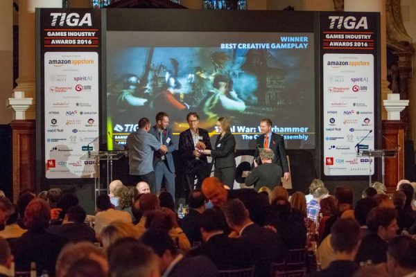 tiga-2016-winners-on-stage-12_result