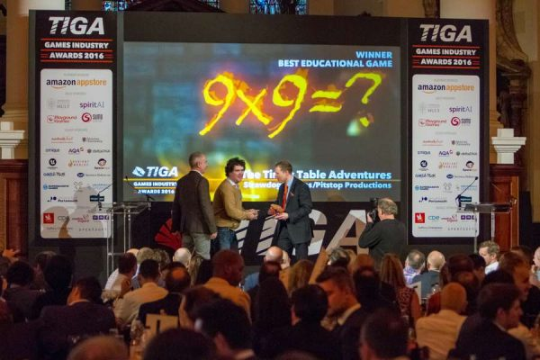 tiga-2016-winners-on-stage-14_result