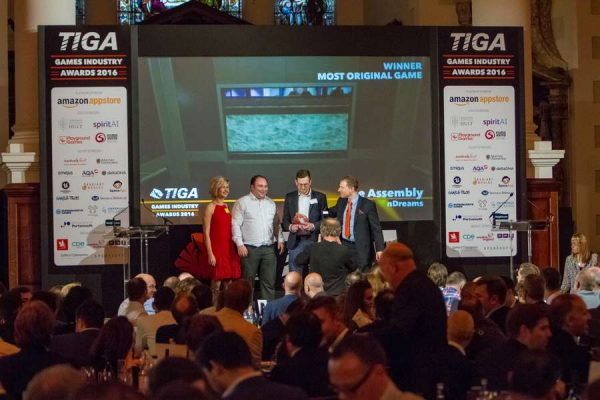 tiga-2016-winners-on-stage-17_result