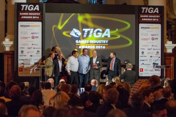 tiga-2016-winners-on-stage-25_result