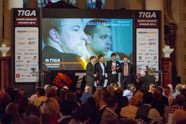 tiga-2016-winners-on-stage-3_result